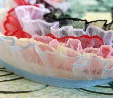 Pruženka prádlová s voláne růžová