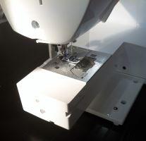 Šicí stroj Brother NV 1100 + stolek ZDARMA