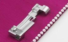 Patka pro všívání perel pro overlocky Juki MO 1000